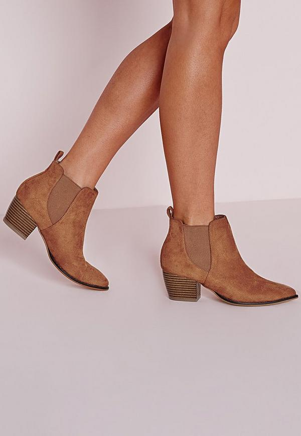 Pointed Toe Chelsea Boots Tan