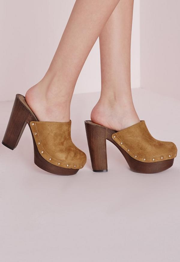Studded Block Heel Clogs Tan