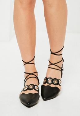 Czarne wiązane płaskie buty baleriny z ozdobnymi kółkami