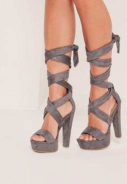 Sandales à talons et plateformes en suédine grise