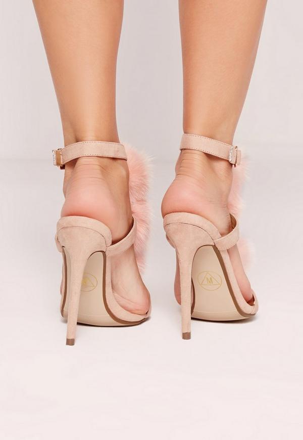 sandalen mit t steg mit bommeln und absatz in pink. Black Bedroom Furniture Sets. Home Design Ideas
