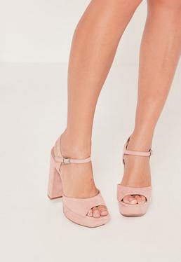 Chaussures à talons roses à plateformes
