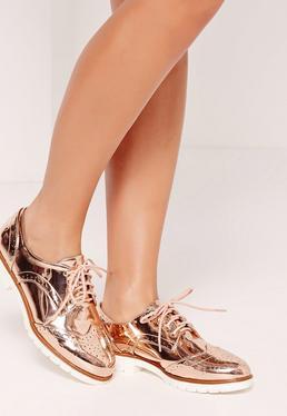 Zapatos oxford con diseño metalizado dorado rosa