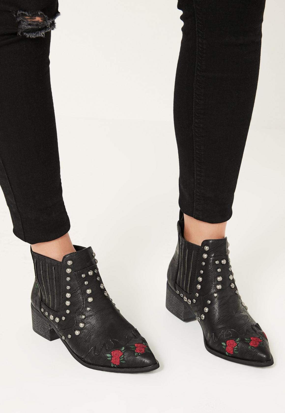 Black Embroidered Western Boots - Missguided