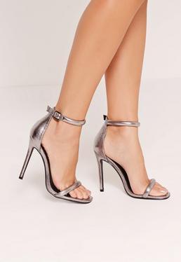 Sandales à talons argentées métallisées attaches arrondies