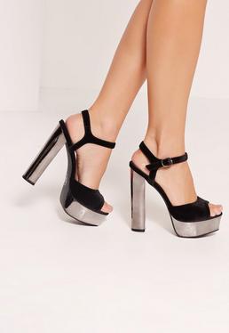 Sandales noires en velours à plateformes métalliques