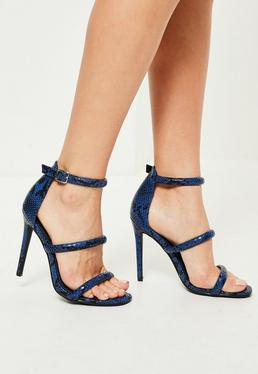 Niebieskie szpilki sandały z trzema paskami we wzór ze skóry węża