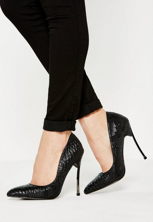 black curve metal heel pointed court shoe