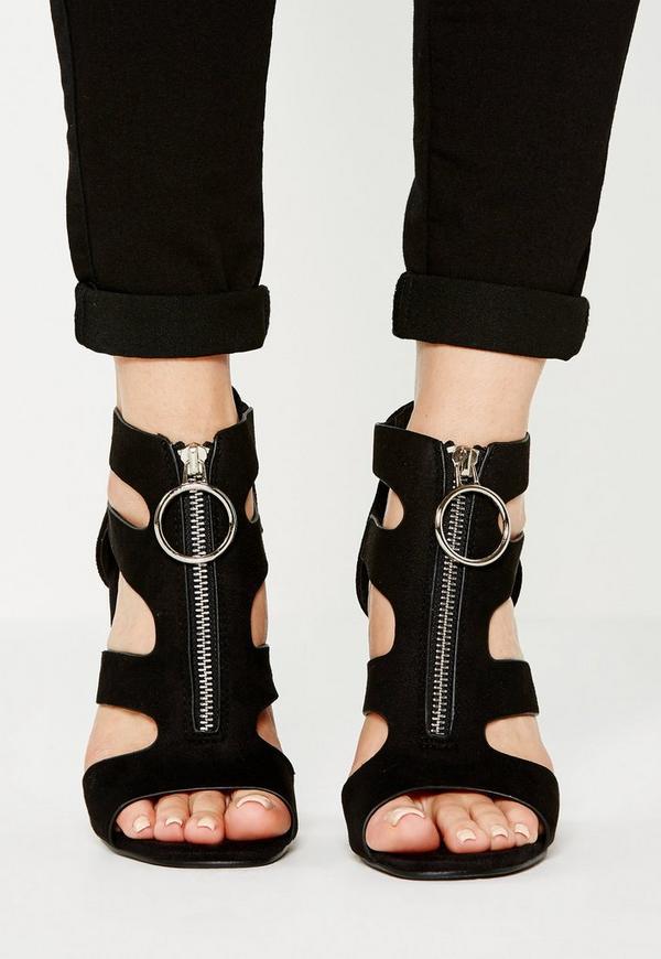 Black Pull Ring Block Heel Sandals