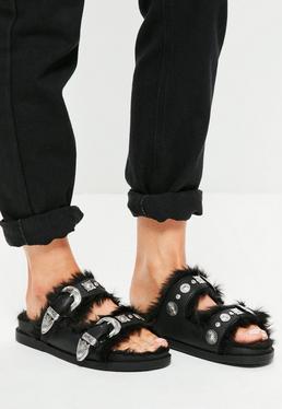 Czarne płaskie sandały klapki z futerkiem