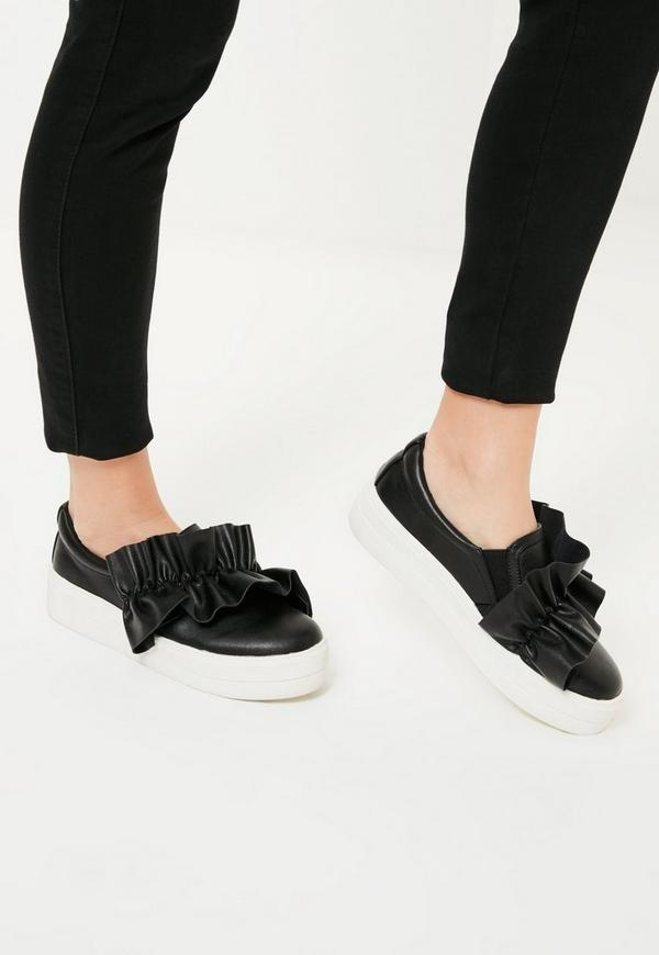 Black Oversized Ruffle Trim Skater Pumps