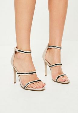 Beżowe sandały na szpilce z ozdobnymi paskami
