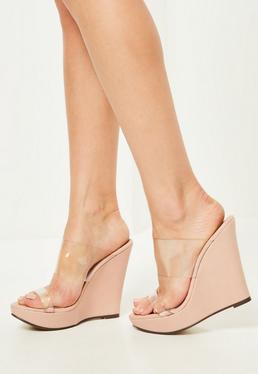 Beżowe buty na koturnie z przezroczystymi paskami