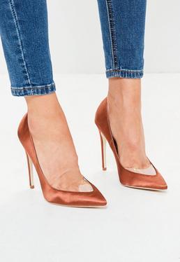 Zapatos de tacón con puntera pronunciada en naranja