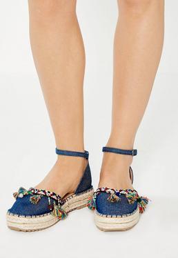 Granatowe jeansowe espadryle z ozdobnymi frędzlami