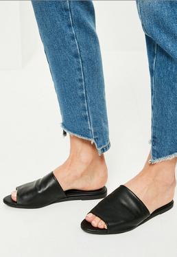 Czarne skórzane wsuwane buty klapki z odkrytymi palcami