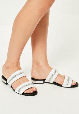 Weiße Sandalen mit Zipper Detail