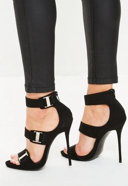 Sandales à talon noires détails métalliques