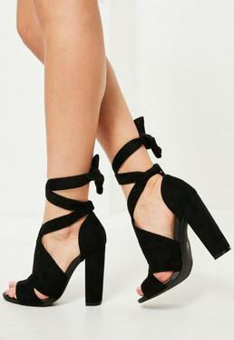 Sandales à talons noires à nouer