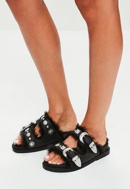 Czarne wsuwane klapki z futerkiem