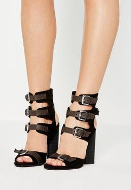 Czarne sandały gladiatorki na obcasie z ozdobnymi zapięciami