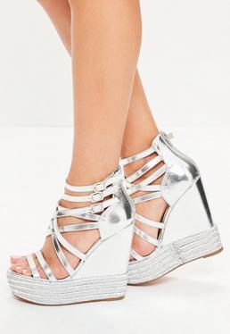 Srebrne metaliczne sandały na koturnie