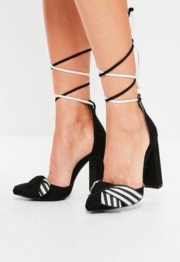 Czarne sandały na klocku w paski z wiązaniem na kostce