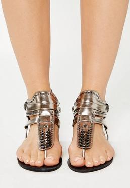 Sandales plates argentées et métallisées
