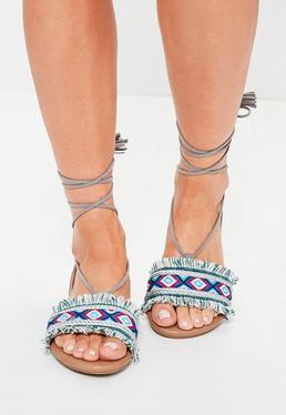 Gladiatoren-Sandalen mit Ethno-Muster in Blau