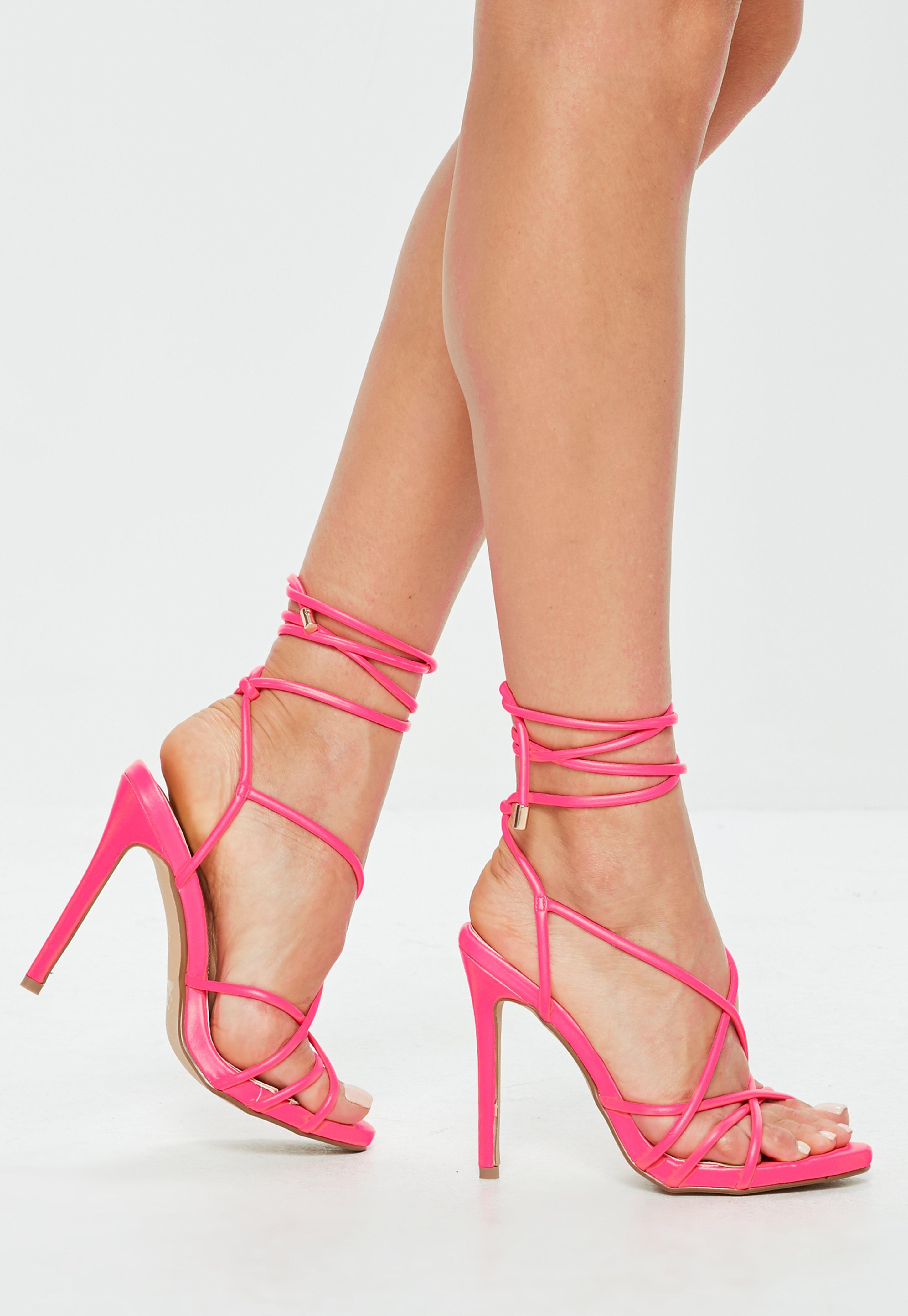 Read more Pink & Burbundy Quilted Platform Sandals aOsw8F