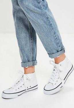 Hohe Segeltuch Sneaker in Weiß