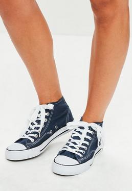 Zapatillas deportivas altas con cordones en azul marino