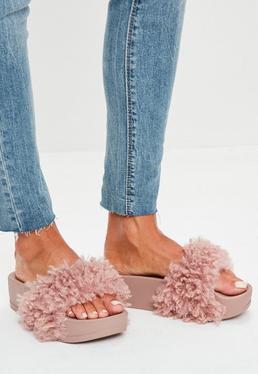 Sandalias de plataforma con pelo sintético en morado