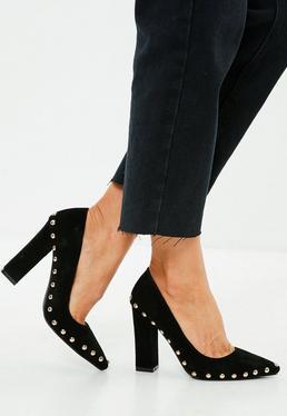 Czarne buty na obcasie z ćwiekami