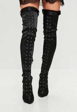Carli Bybel x Missguided Czarne satynowe kozaki za kolano