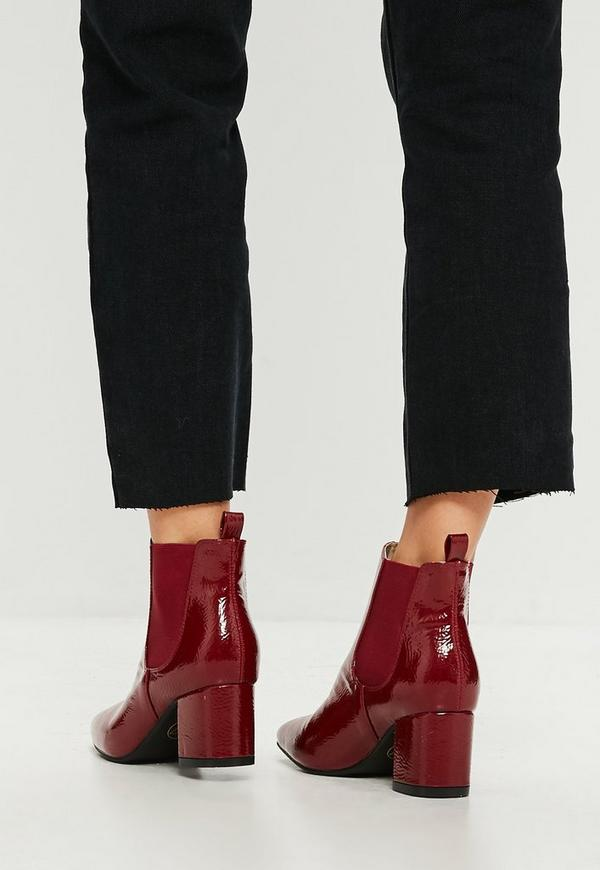 gl nzende chelsea boots in rot missguided. Black Bedroom Furniture Sets. Home Design Ideas