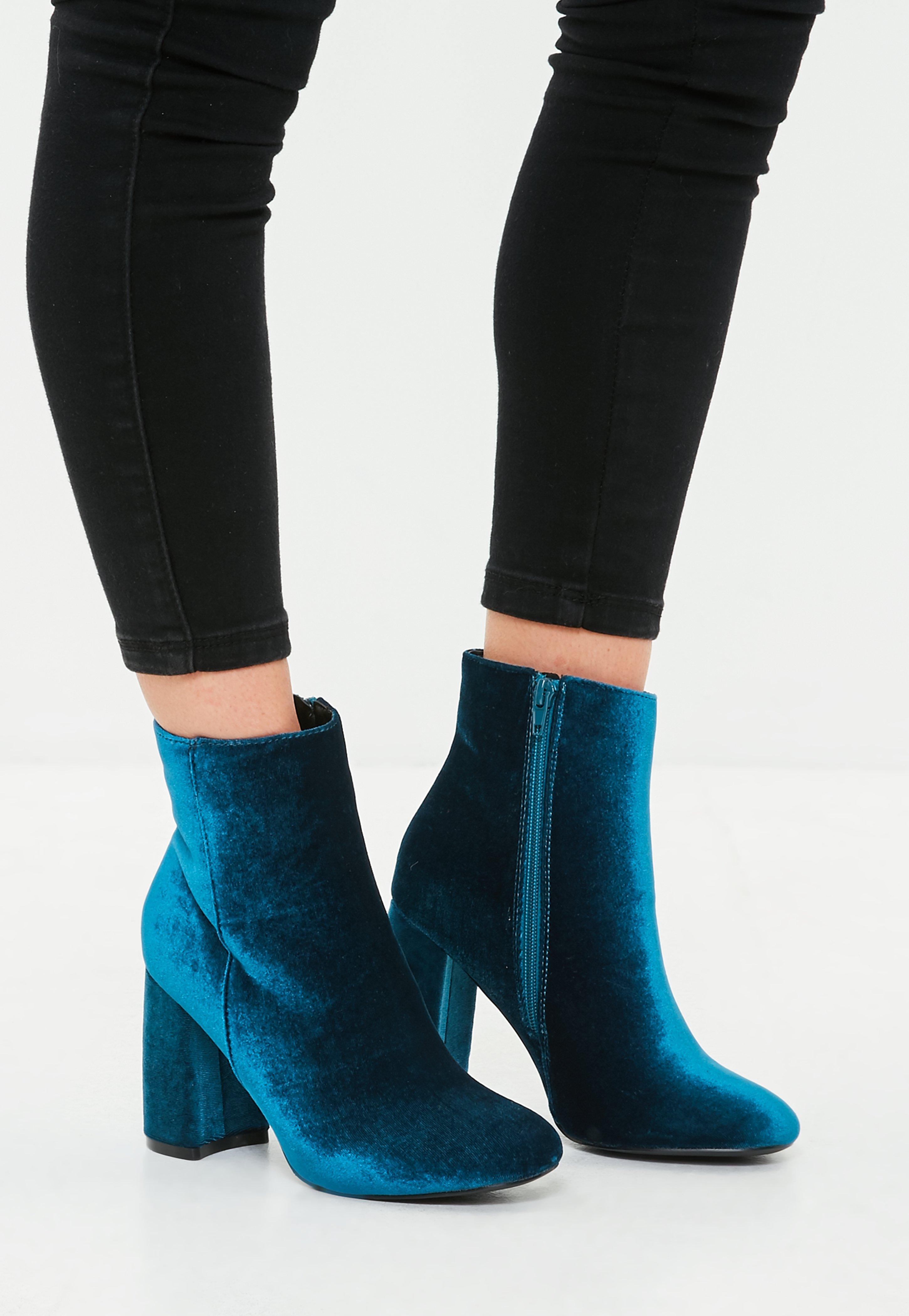 Manchester Great Sale Online velvet boots New Release Finishline Online Y3PZcYY