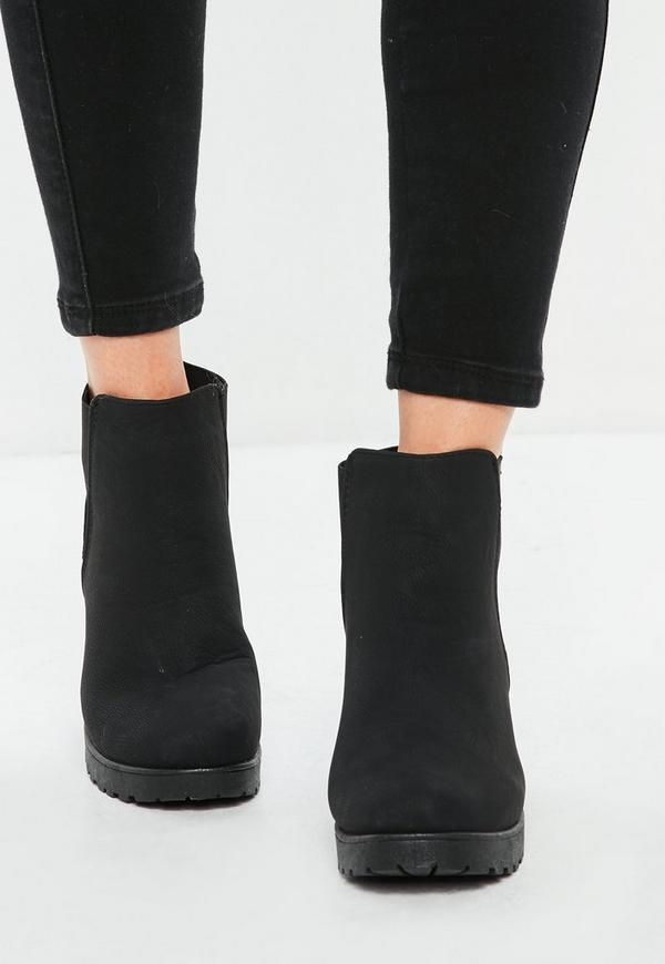 schwarze wildlederoptik chelsea ankle boots missguided. Black Bedroom Furniture Sets. Home Design Ideas