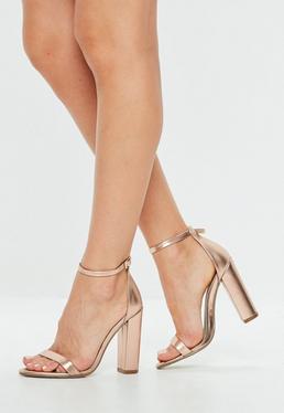 Sandalias de tacón cuadrado en oro rosa mate