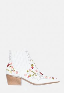 White Floral Embroidered Western Boots