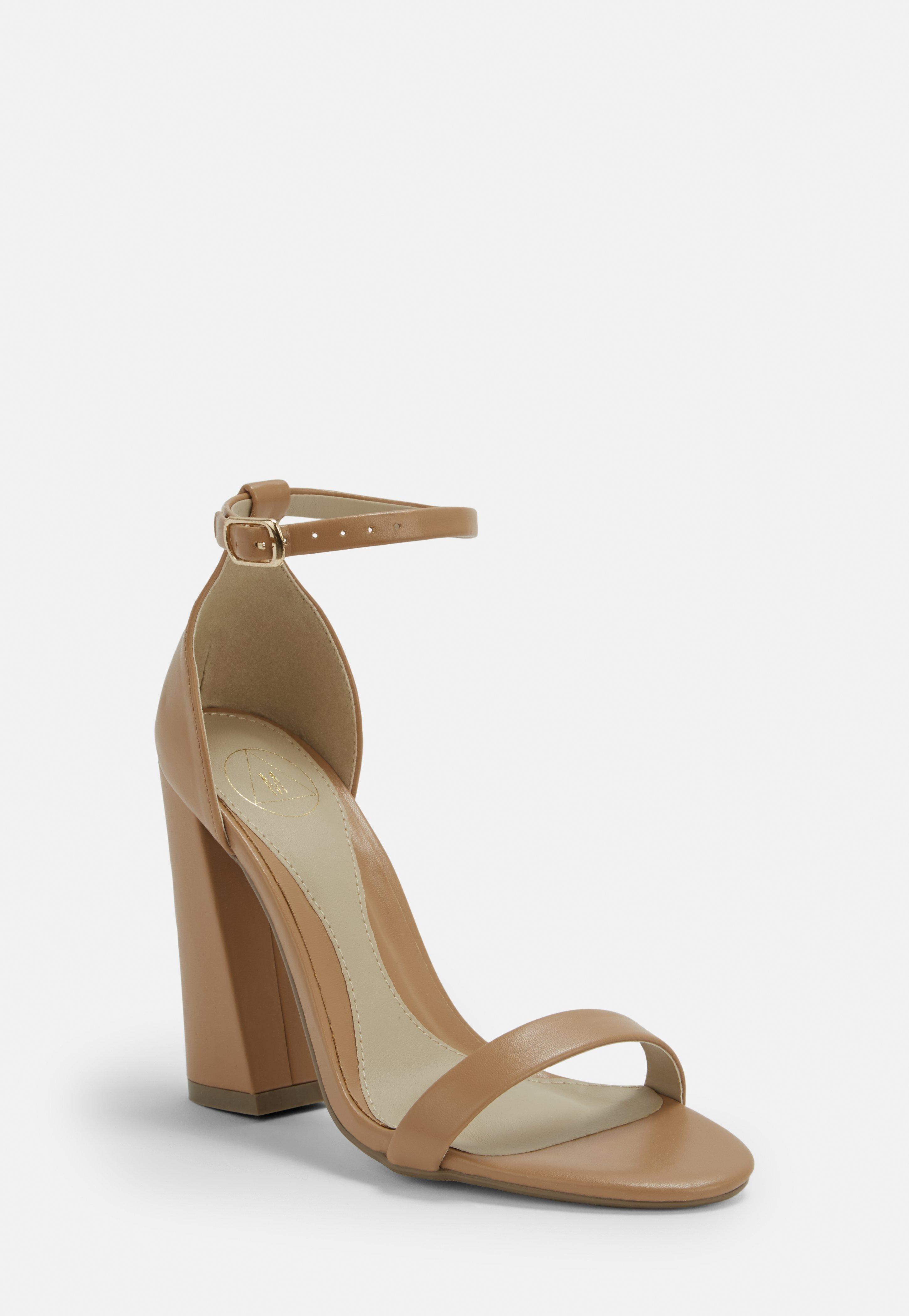 5283f4931fbc12 barely-there-high-heels-mit-blockabsatz-in-taupe.jpg