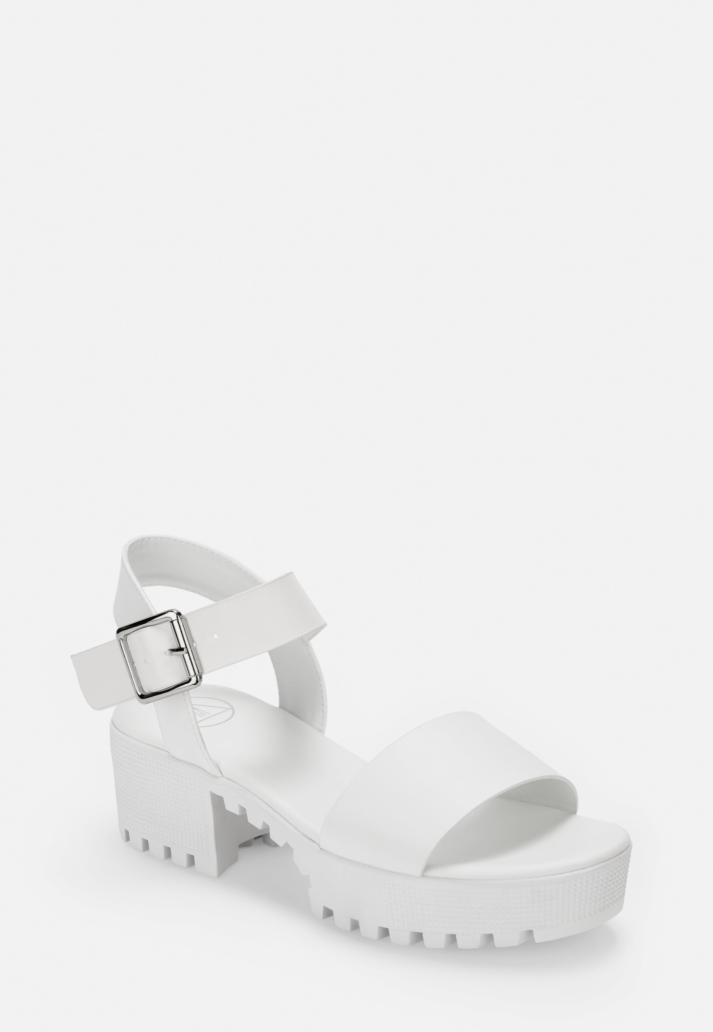 Und Weiß Riemchen Blockabsatz Mit Sandalen In nPk80wO