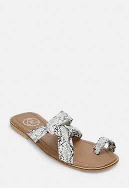 7fff4c1363ce Women s Flat Sandals   Espadrilles - Missguided