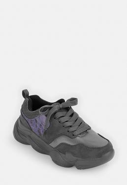 Серые коренастые кроссовки с отражающей панелью