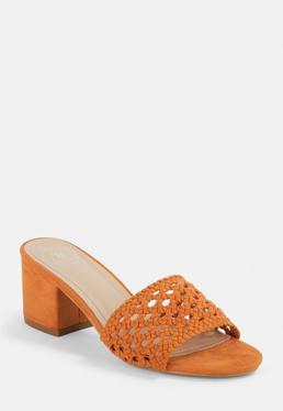 Оранжевые рафии с мулов пятки