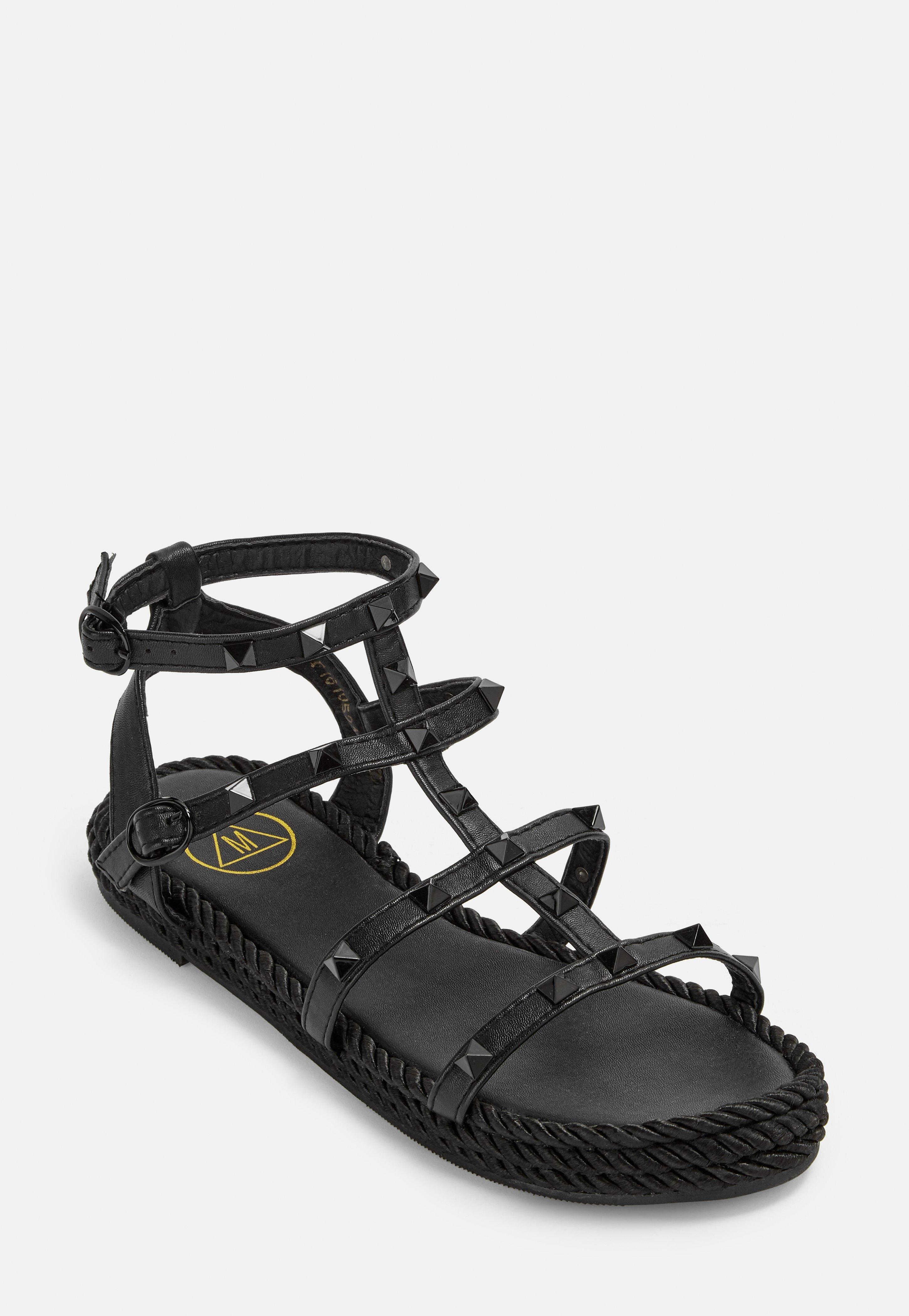 3a609547a032 Shoes