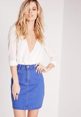 Mini-jupe en denim bleu délavé