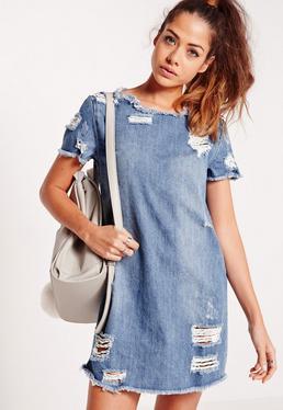 Robe T-shirt bleue déchirée en jean