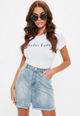Mini-jupe en jean délavée bords bruts