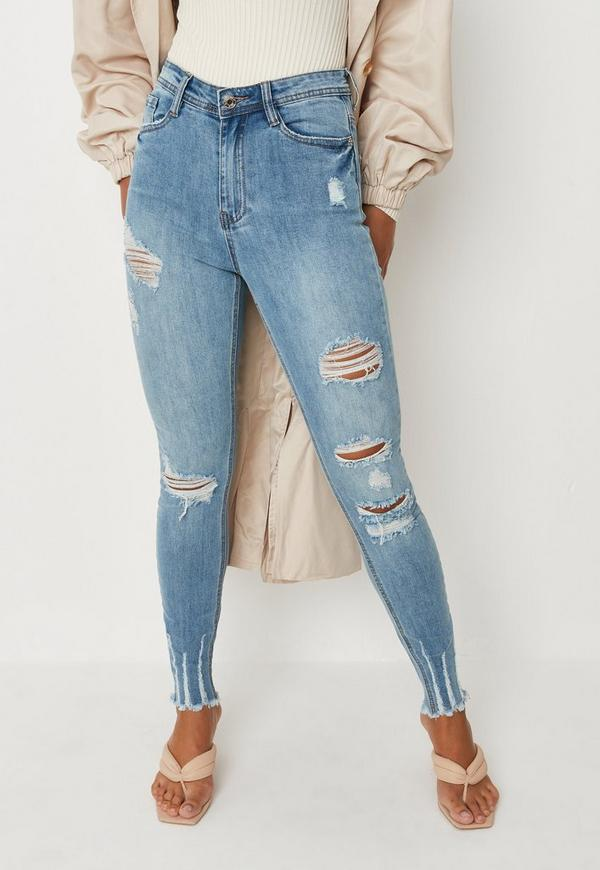 Jeans. The best in denim for autumn-winter is right here. At QUIZ, our range of women's jeans brings on-trend fashion to your wardrobe. Team a pair of high-waisted skinny jeans with a lacy bodysuit for a dressy look or wear your favourite oversized jumper with ripped jeans for daytime dates.